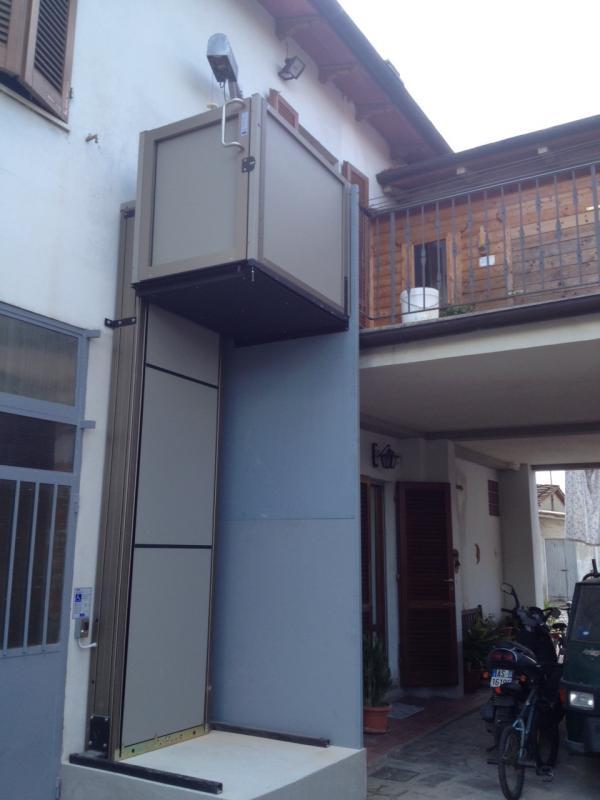Prezzo ascensore esterno piccoli spazi e grande comodit for Quanto costa un ascensore esterno