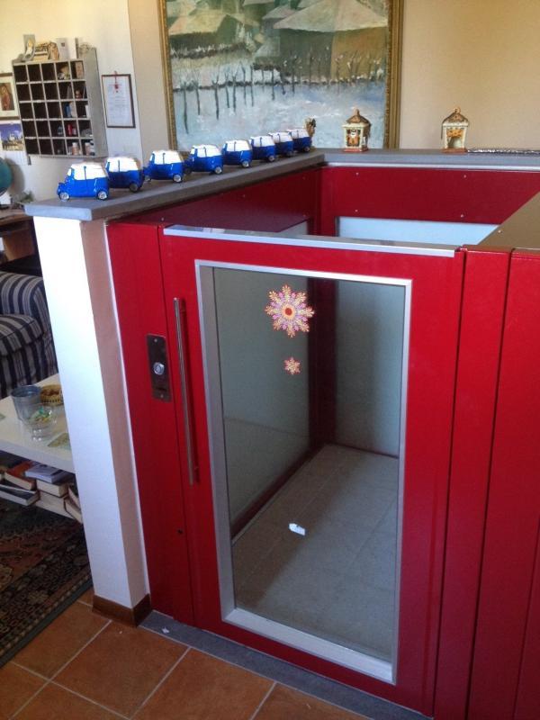 Senza cabina mancanza di testata sottotetti mansarde for Scala a chiocciola della cabina